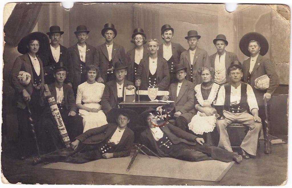 1913 – Spinnschacht in Karlruhe